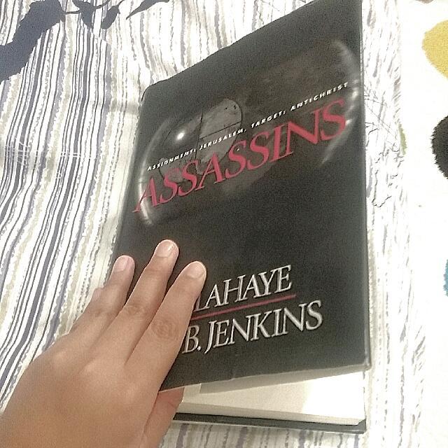 Assassins Book 18+  Book