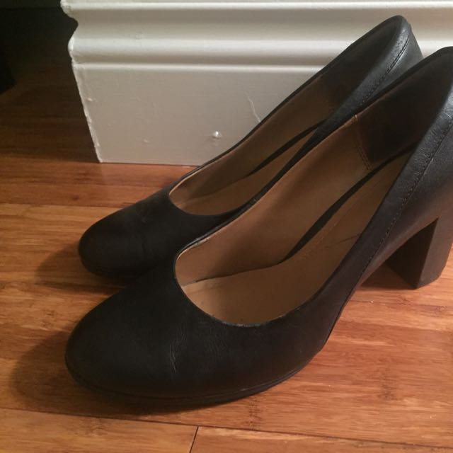 Clarks Leather Heels - Size 7.5