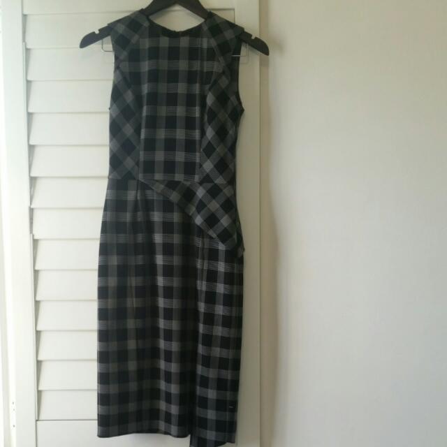 Cue Dress - Sz 6