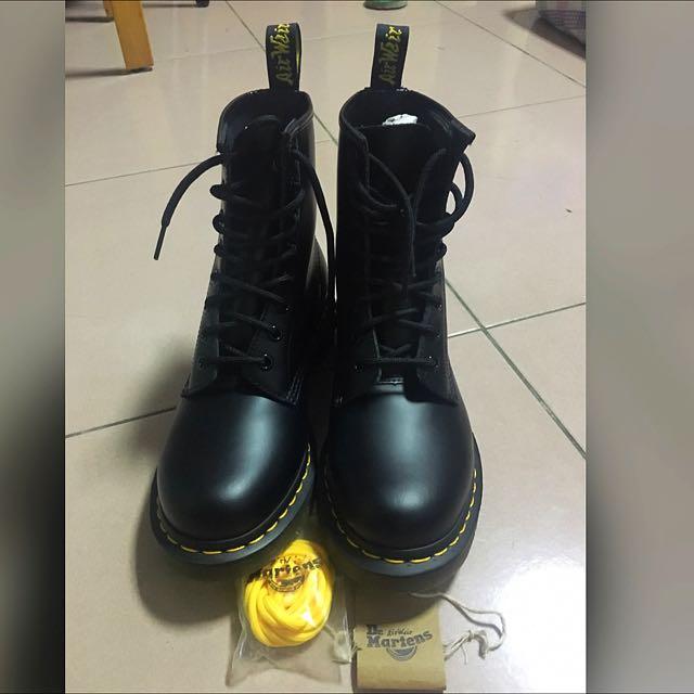 全新dr.martens 1460 馬汀鞋 Uk5 保證正品