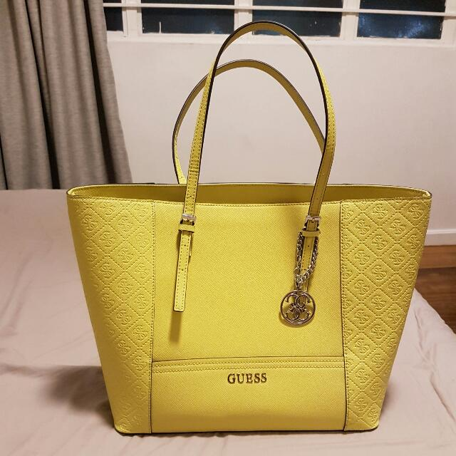 763e3cfd98f1 PRELOVED Guess Delaney Large Classic Tote Bag
