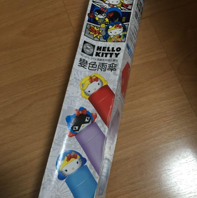 Hello KittyX英雄系列聯名變色雨傘