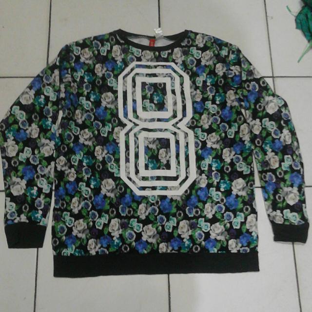 H&M Crewneck Floral