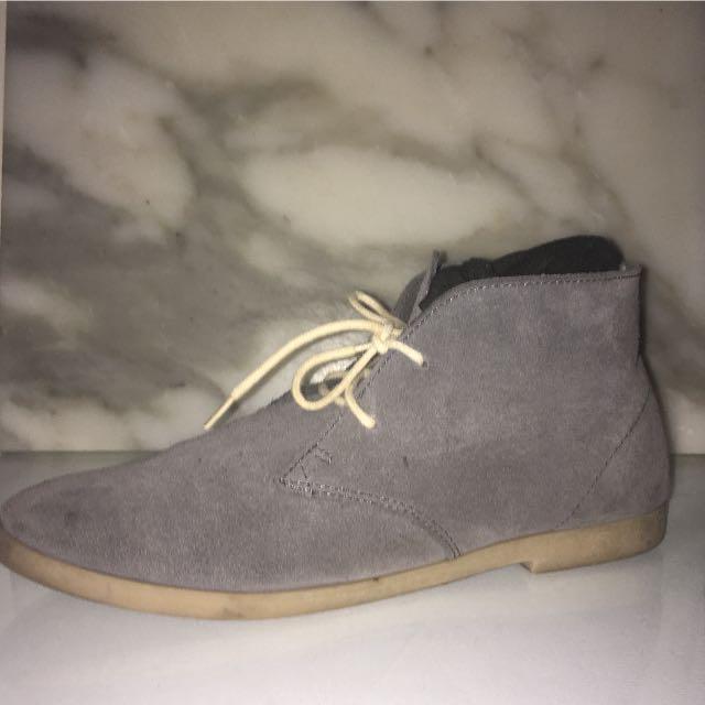Kustom Men's Grey Suede Dress / Jeans Shoes
