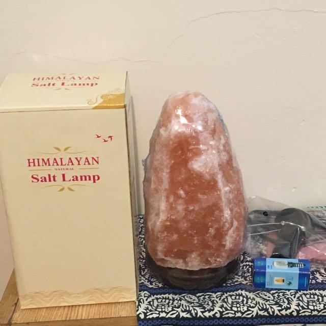 New Himalayan Salt Crystal Lamp As New