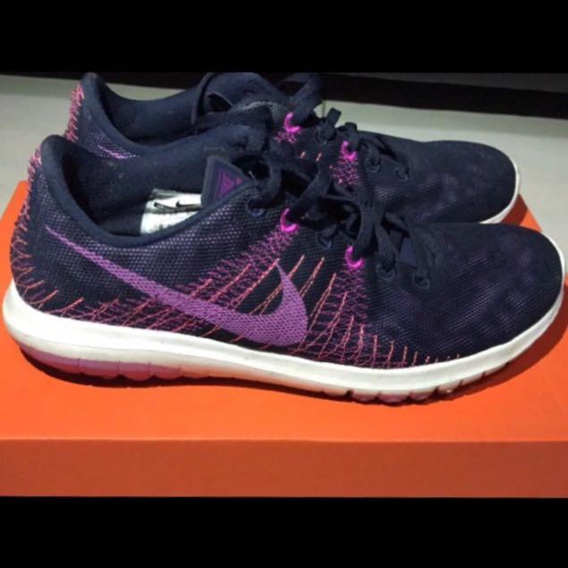 sale retailer 72941 4b9f3 Nike Women's Flex Fury
