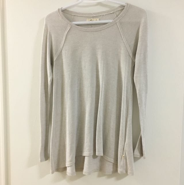 oatmeal hollister long sleeve