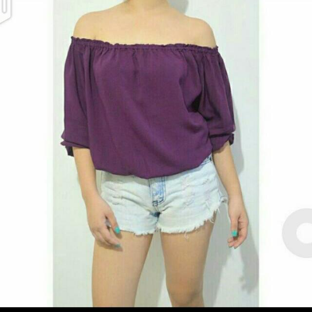 SALE!!! VIiolet Off Shoulder Top 😊