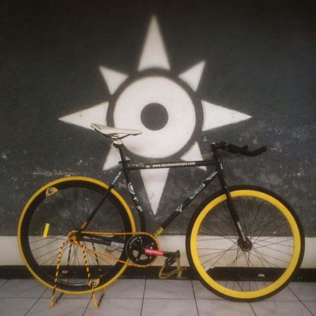Sepeda Fixed Gear