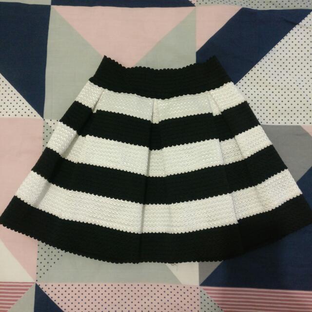 Striped A-line Skirt ⭐