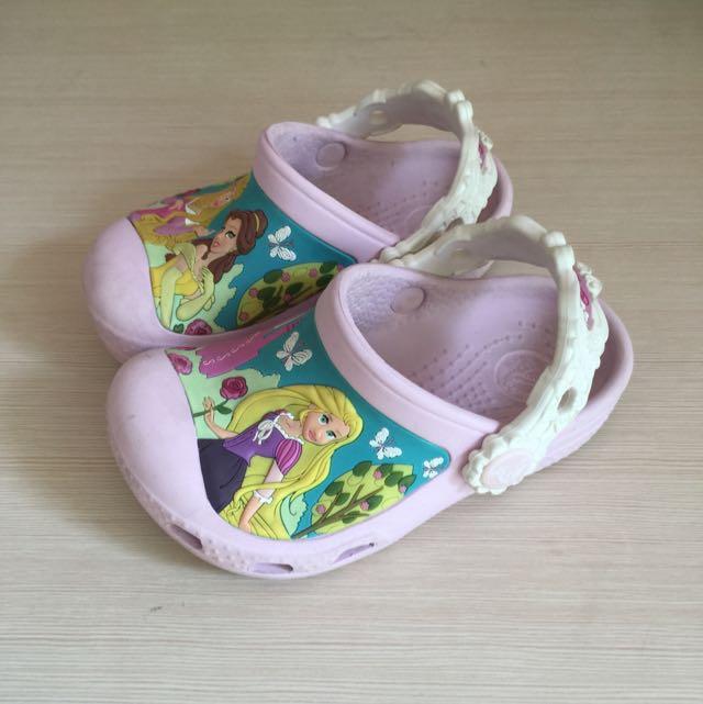 toddler crocs sandal