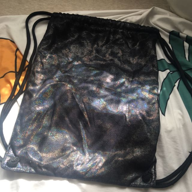 TOPSHOP HOLOGRAPHIC DRAWSTRING BACKPACK