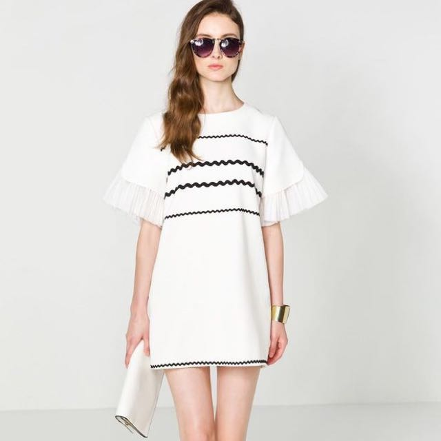 whitw Summer Dress With Special Sleeves