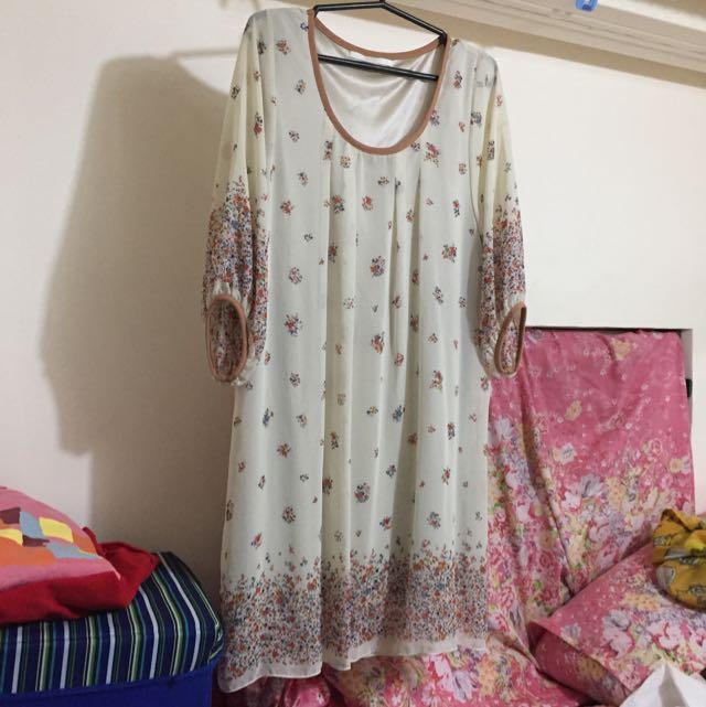 #014 Beige dress