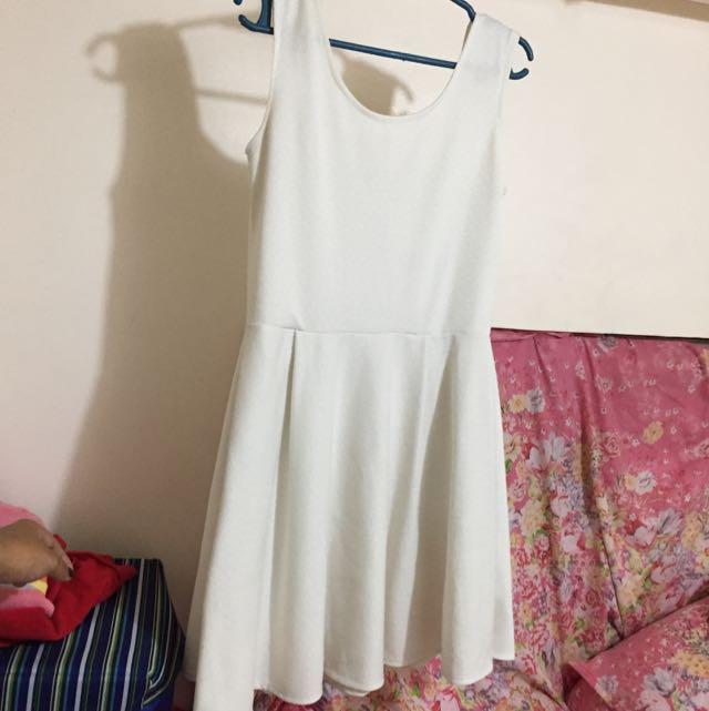 #015 White Dress