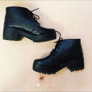 (REPRICE) Grunge Black Boots