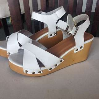 Size 39 Wedges