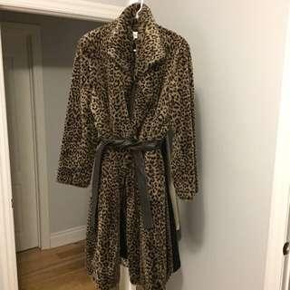 Calvin Klein Fur Size M