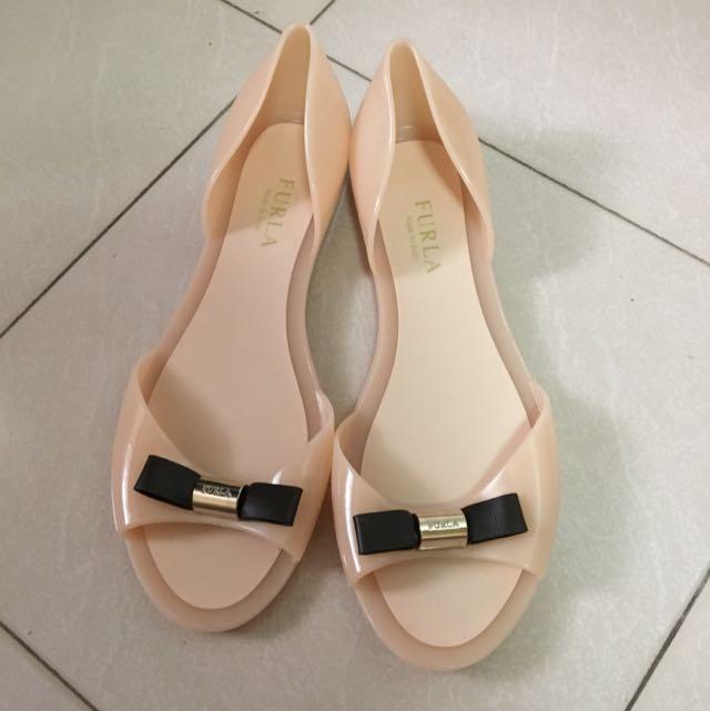 3ac23de79442 100% Authentic FURLA Jelly Sandals (37)