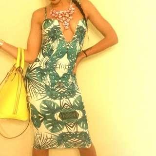 Deep V Dress 8'