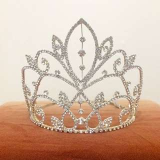 DIAMOND PAGEANT CROWN