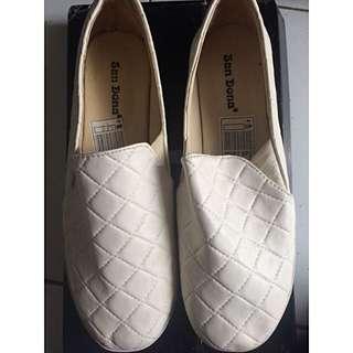 SANDONA Quilt Shoes