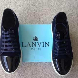 Lavin Shoes