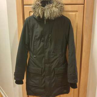 Aritzia TNA Bancroft Parka in Black (Size Small)