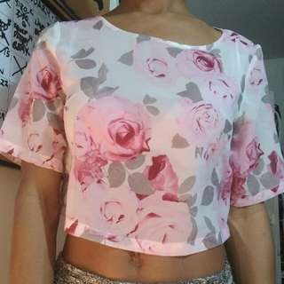 ❤H&M $4 Floral Shear Crop ❤