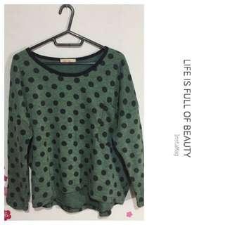 🚚 點點綠色毛衣 上衣  寬鬆 可愛 復古