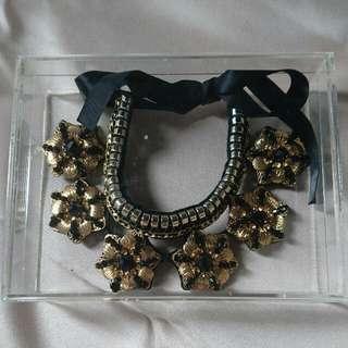 Black Gold Flower Necklace