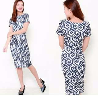 The J Label Blogshop Sophisticated  Monochrome Chevron Navy White Office / Casual Illusion Frock / Dress