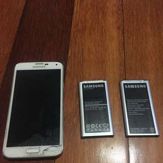 Broken Samsung S5 With Two Batteries