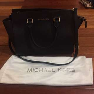 New Authentic Michael Kors Handbag