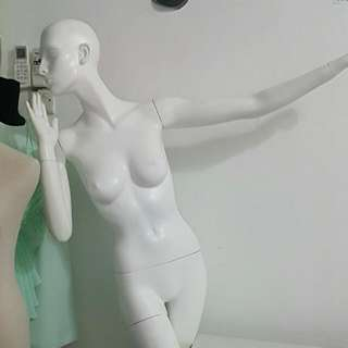 Mannequin White