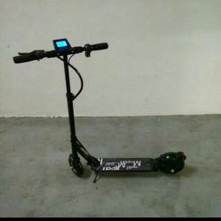 NEW 25km/H 10ah Adult Electric Scooter E Scooter Is 250w 24v Full Suspension With Air Tyre For The Front And Rear Solid Rubber Tyre