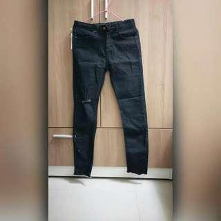 黑色牛仔長褲