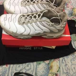 Nike Cloud Tns Size 13