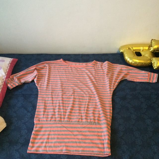 Atasan Stripe Good Condition