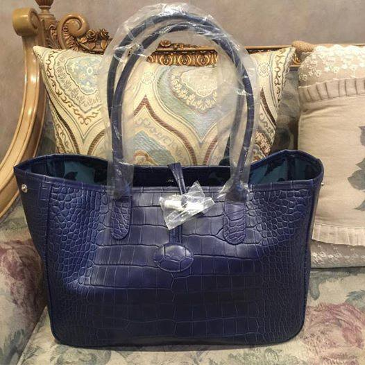 Authentic Longchamp Roseau Croco navy blue tote bag, Everything Else,  Others on Carousell 1611ade69a