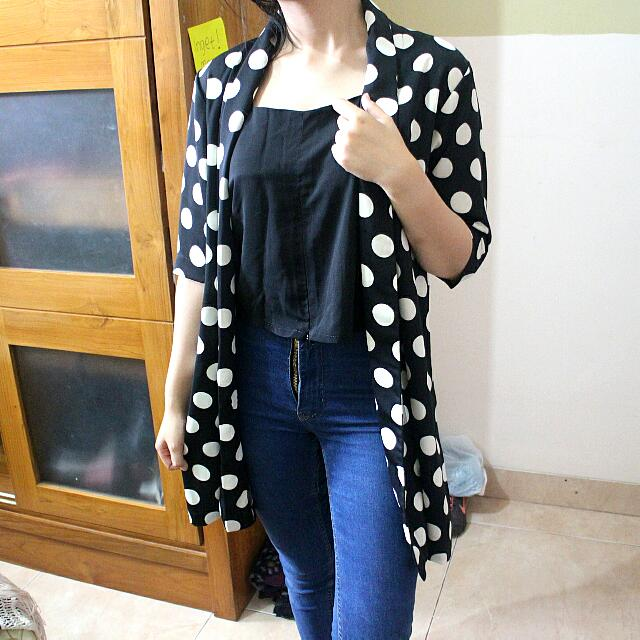 Black Polkadot Outer