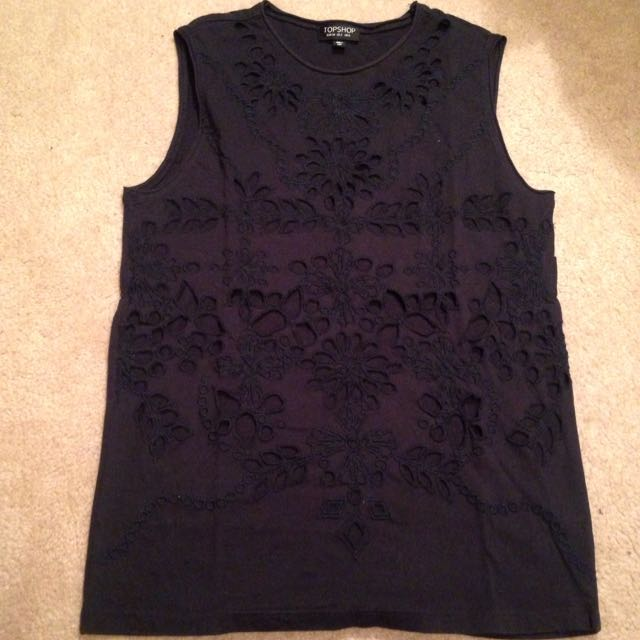 Black Topshop Eyelet Muscle Tee Size 2