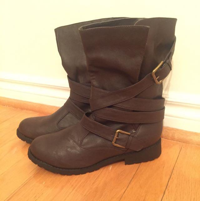 BNIB Brown Boots- Size 7.5