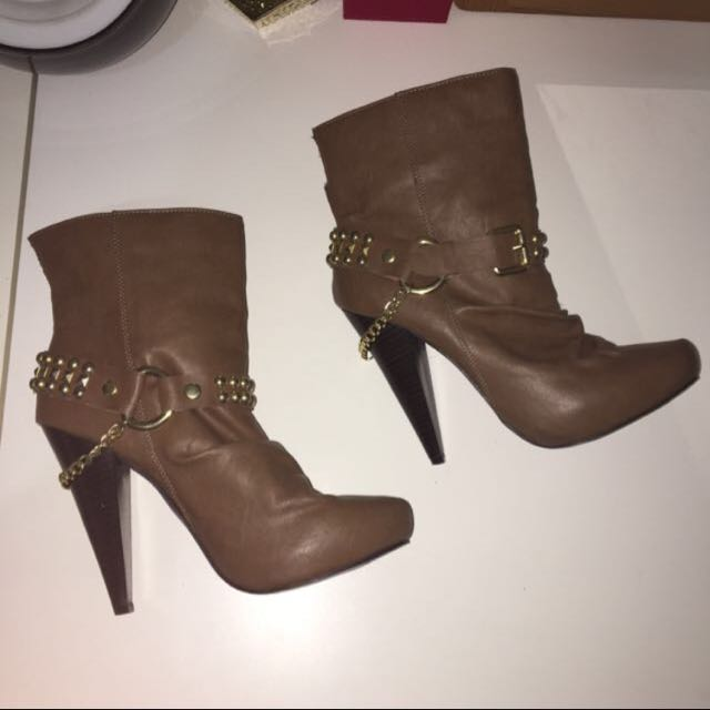 Brown Leather Boots With Heels
