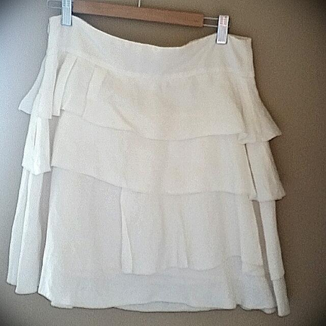 Cream Cue Skirt Size 12