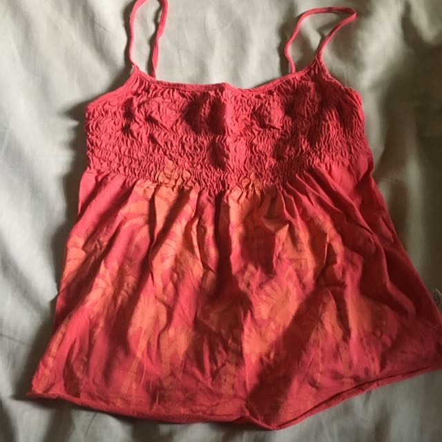 GRIPP JEANS Peachy Red Strap Top
