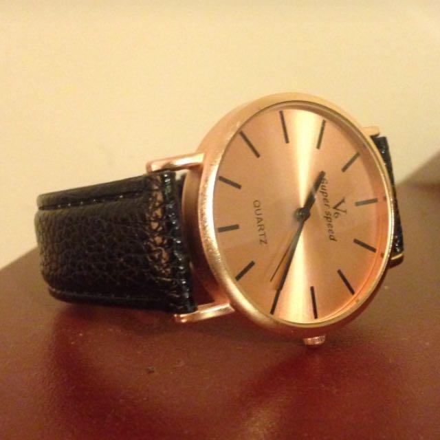 Men's Black Leather Strap Analog Watch
