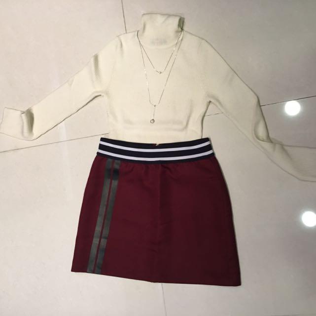 MOMA 酒紅短裙