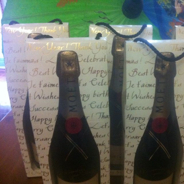 Moët & Chandon Champagne 750ml Gift boxed And Personalize Yourself