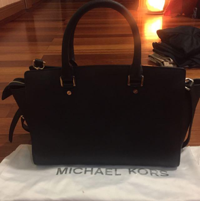 New Authentic Michael Kors Handbag